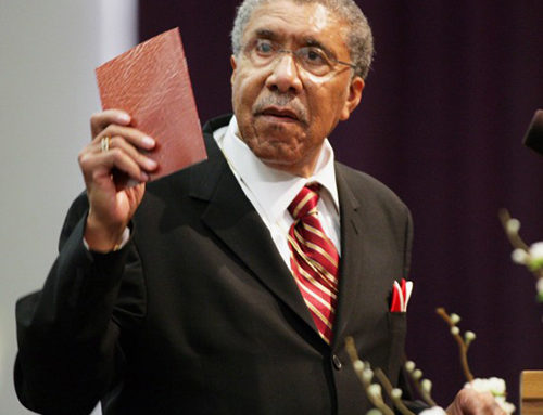 Civil Rights and Iconic Chicago Pastor, Rev. Clay Evans Passes Away
